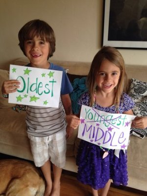 ways to announce pregnancy on mothers day kids using signs