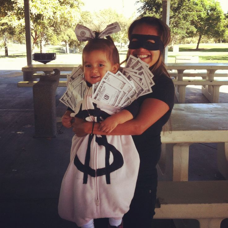 Burglar and Money halloween costumes for pregnant moms