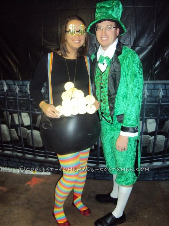 Halloween Costumes for Pregnant Couples, Costume Ideas, Pregnancy, Pot of Gold Costume