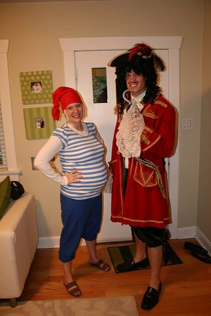 Halloween Costumes for Pregnant Couples, Captain Hook and Smee Costume