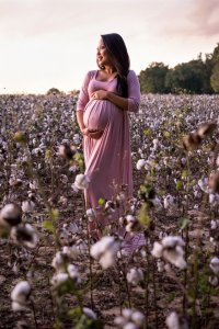 Maternity Photography, Maternity Pictures, Maternity Photo Ideas, Maternity Poses, Maternity Clothes, Maternity Picture Ideas, Maternity Style
