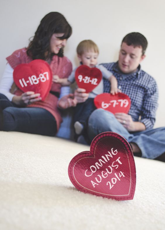 Valentine's Day Pregnancy Announcement, Ideas and Inspiration #pregnancy #pregnant #maternity #announcement #cute #family