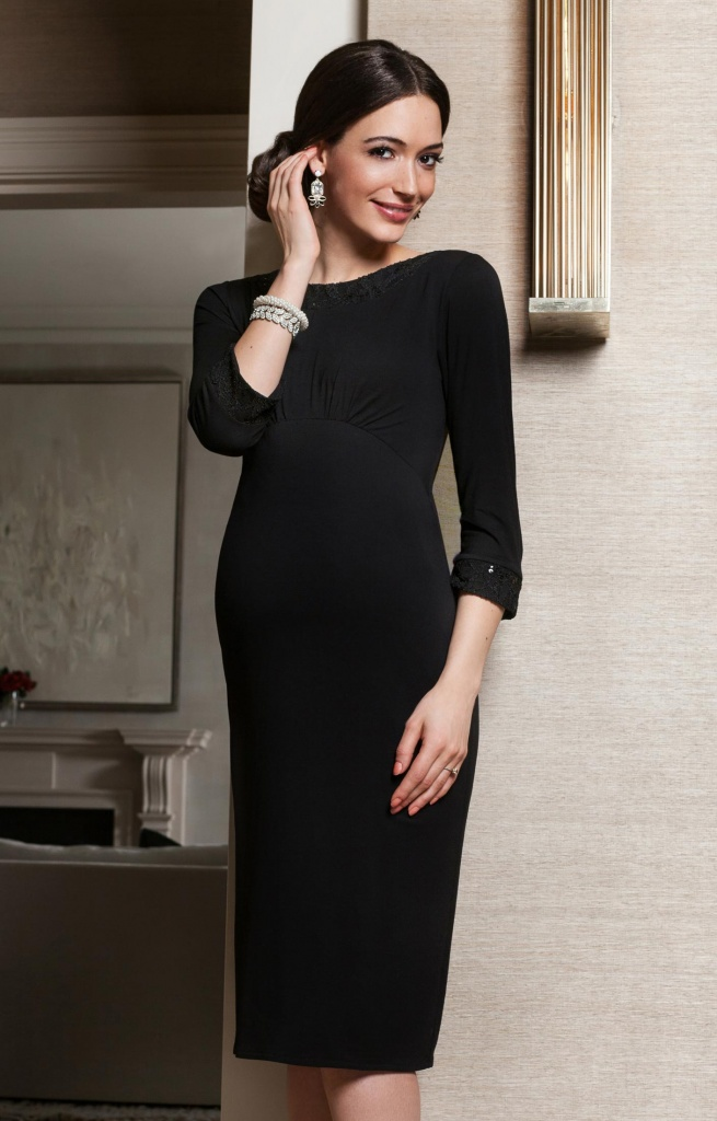 4a1386ff519 what to wear when you re pregnant and going to a wedding Tiffany rose