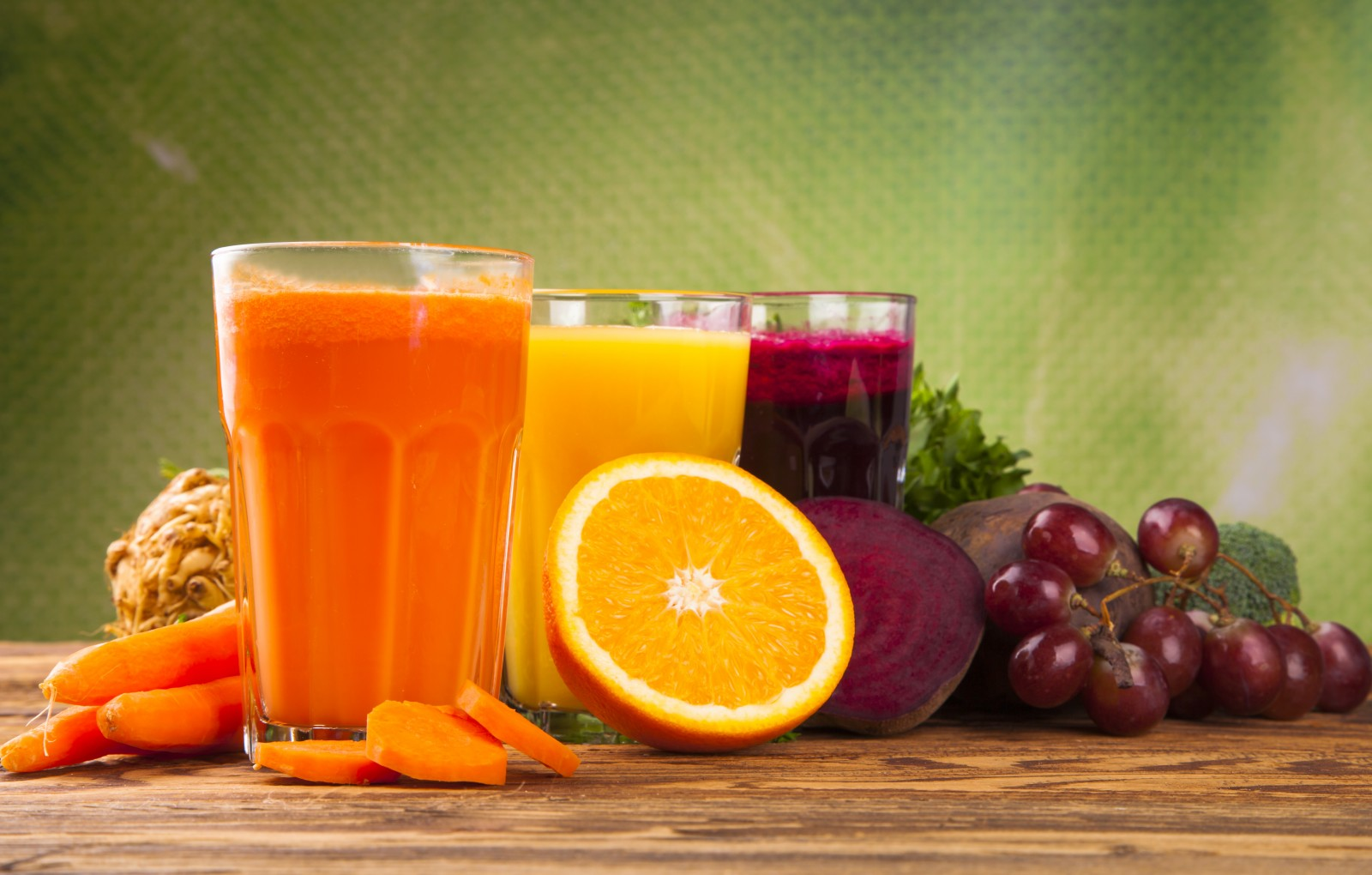 http://topnaturalremedies.net/healthy-juice-recipes/fresh-juices-boost-immunity-recipes-benefits/