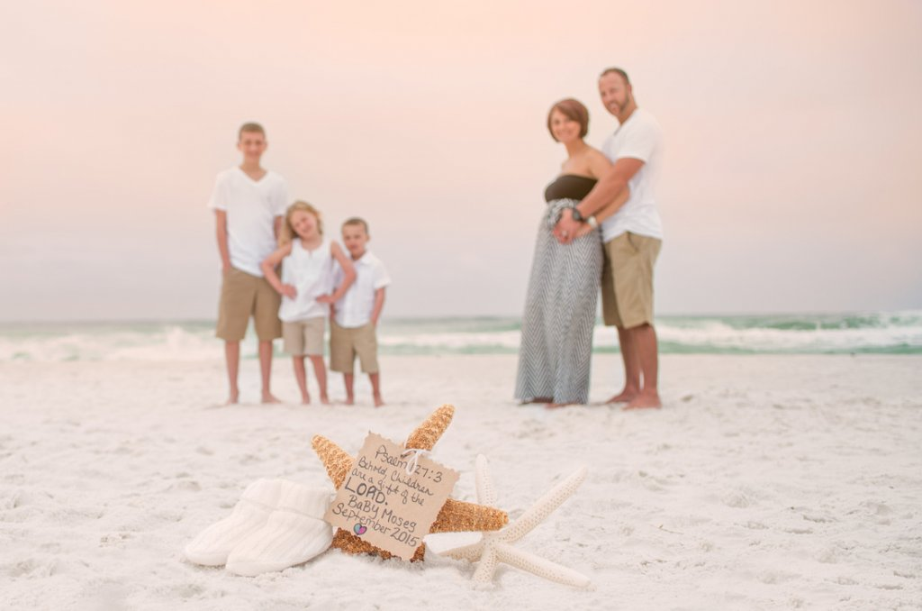 10 Ideas For Your Maternity Photo Shoot At The Beach Babyprepping Com