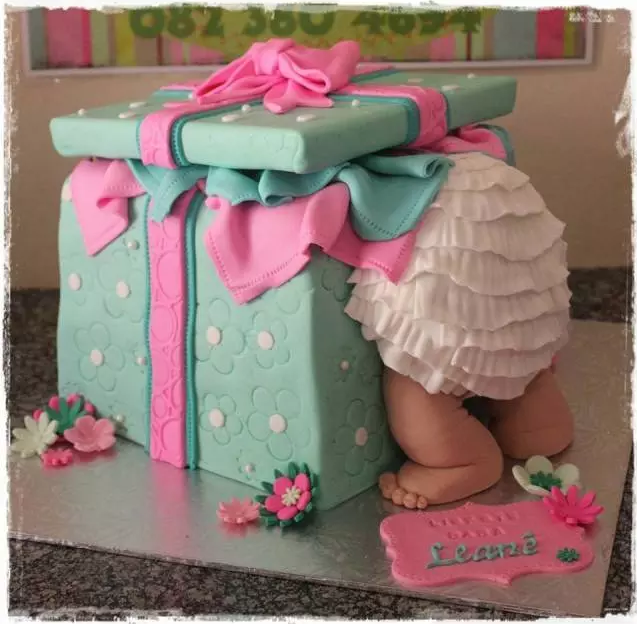 Baby in the box gender reveal cake ideas