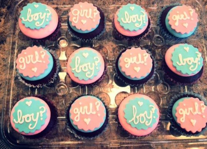 Boy or girl cupcake surprise gender reveal cake ideas