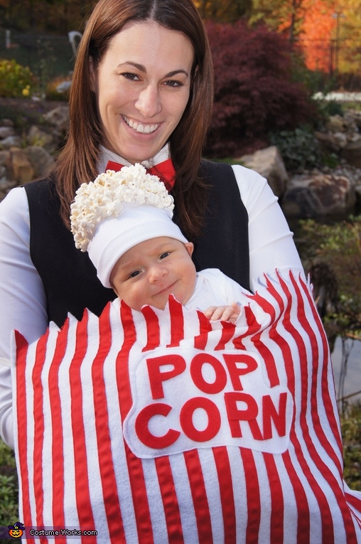 Giant Popcorn Bag costume for pregnant moms  sc 1 st  Babyprepping.com : mother and son costume ideas  - Germanpascual.Com