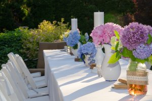Garden table decoration