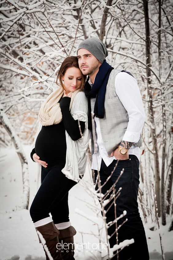 Are you looking for some Adorable Winter Maternity Picture Ideas? We've got you covered! Maternity Winter | Winter Maternity Style | Winter Maternity Clothes | Winter Maternity Fashion | Winter Maternity Outfits | Winter Bump | Winter Outfits Maternity | Maternity Winter Photos | Maternity Winter Pictures | Maternity Pictures Winter | Maternity Photo Ideas #winter #maternity #photo #ideas